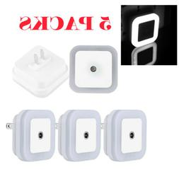 5Pack Plug-in LED Night Light Hallway Kitchen Bathroom Auto