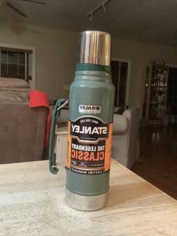 Stanley Thermos Classic Vacuum Bottle Hammertone Green 1.1 Q